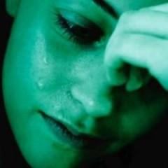 woman_crying_cor